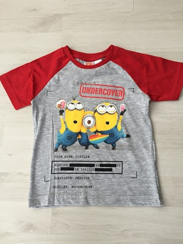minion shirt rood